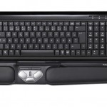 Contour_RollerMouse_Pro2_black_top_keyboard_72dpi