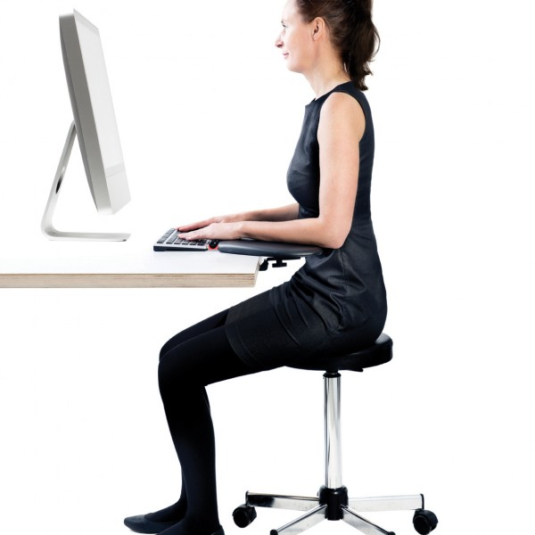 Contour_ArmSupportRed-full_body_sitting_72dpi