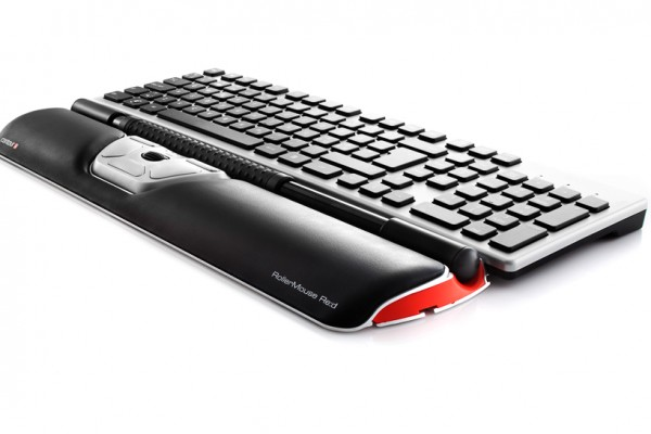 Contour_RollerMouse_Red_perspective_w_wrist_rest_keyboard_black_keys_72dpi